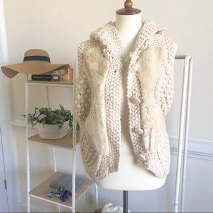 Anthropologie chunky knit faux fur hooded vest